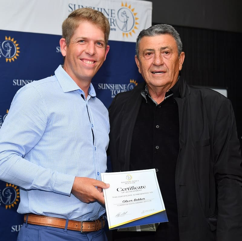 Oliver Bekker scooped no less than 4 accolades during the Sunshine Tour and GolfRSA Awards. Pictured here with Sunshine Tour Commissioner Selwyn Nathan; credit Johan Rynners
