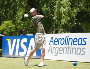 Daniel Hammond recorded the best round of the SA players, a 73, in the second round of qualifying in the Argentine Amateur