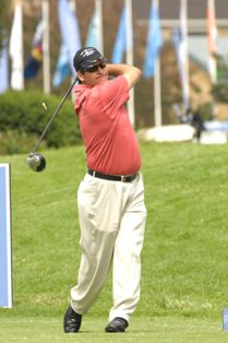 Ryan Dreyer, Glacier SA Amateur, tees up for Central Gauteng