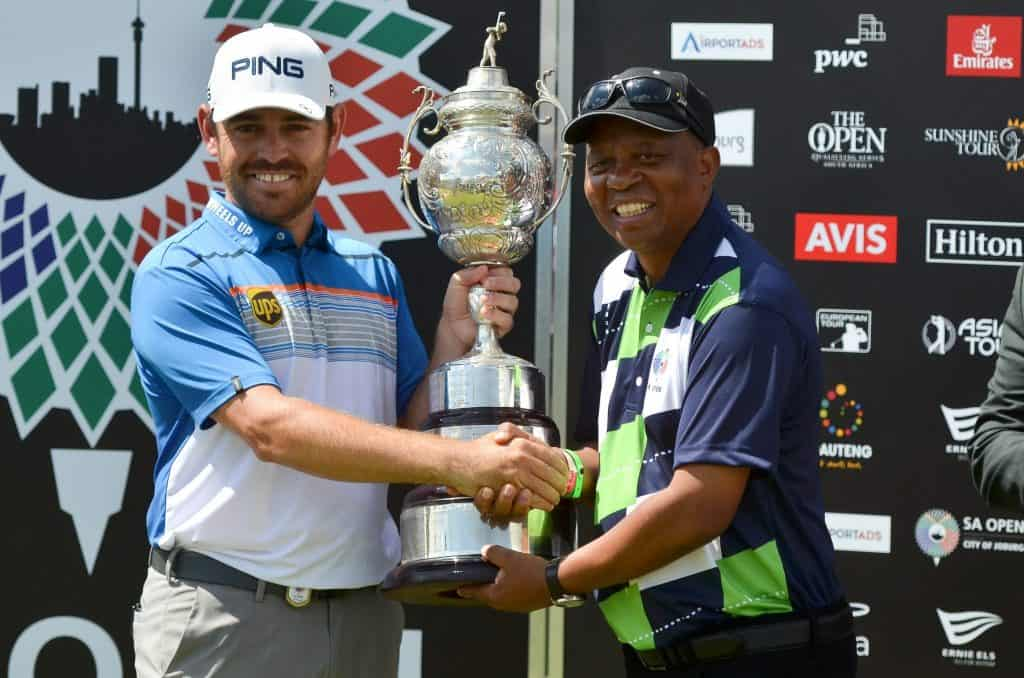 2019 SA Open champion Louis Oosthuizen with City of Johannesburg Executive Mayor Cllr Herman Mashaba at Randpark Golf Club; credit Ernest Blignault.