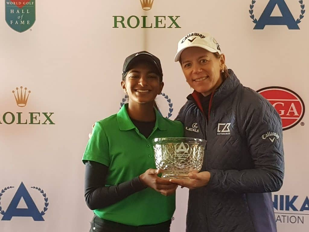 GolfRSA Elite Squad member Kaiyuree Moodley received the runner-up trophy from tournament host Annika Sorenstam at the 11th ANNIKA Invitational USA at the World Golf Village in Florida; credit GolfRSA.