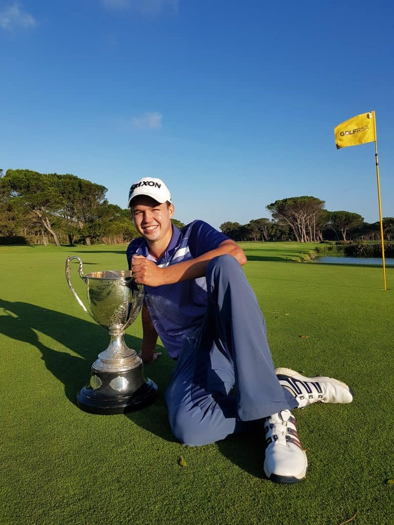 GolfRSA National Squad member Luca Filippi from Western Province lifted the prestigious Proudfoot Trophy as the winner of the 36-hole stroke play qualifier in the South African Amateur Championship at King David Mowbray Golf Club; credit Gavin Withers Photography.